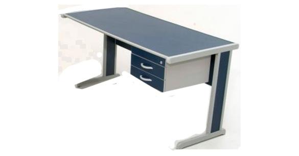 Mesa para escrit rio reta rzfr for Mesas de escritorio modernas